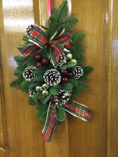 Christmas Door Swag at Kays Flower School