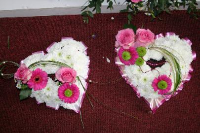 Heart Wreath with pink gerbera at kays flower school